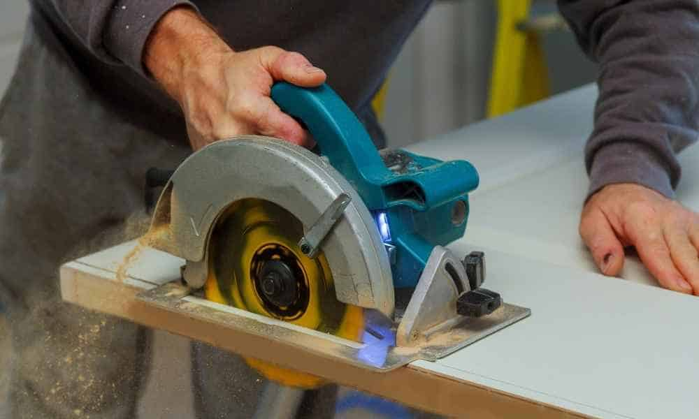 Best Circular Saws – Complete Reviews With Comparison